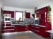 kuchyně bordo lesk