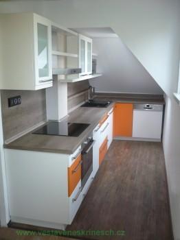 kuchyň podkroví nová 1